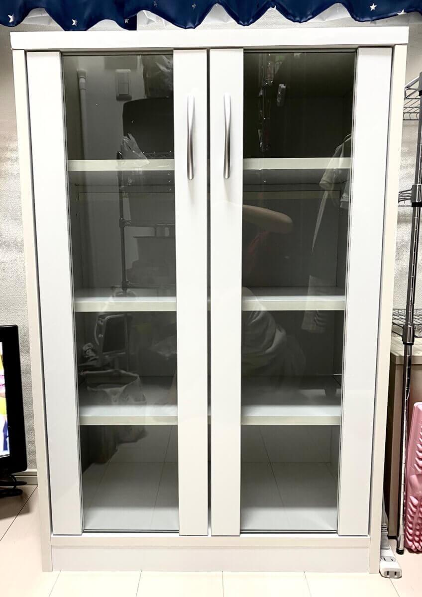 ロータイプのシンプルな食器棚を購入したよって話