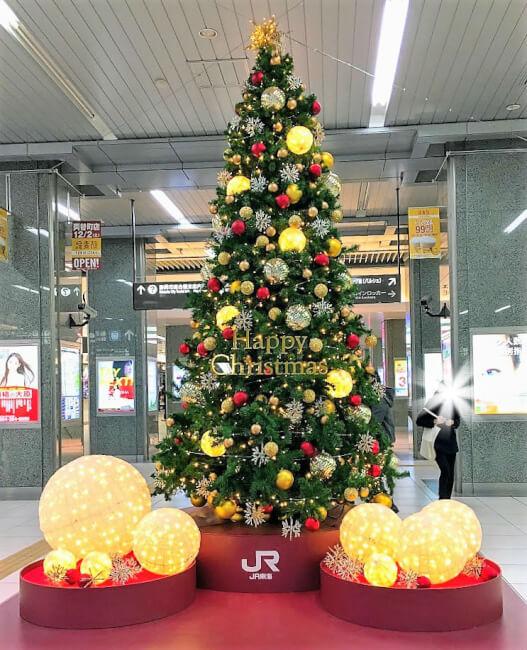 暖かい光が心地良い静岡駅のクリスマスツリー♪