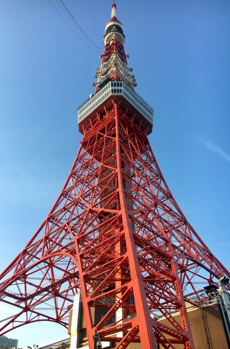 昼間の東京タワー